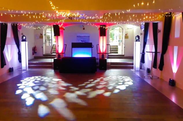 Iggy Wedding DJ other suppliers - the italian villa dance floor